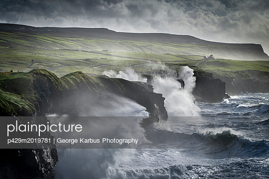 p429m2019781 von George Karbus Photography