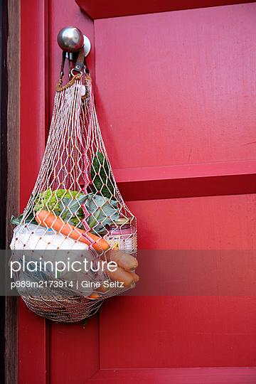 Einkaufsnetz - p989m2173914 von Gine Seitz