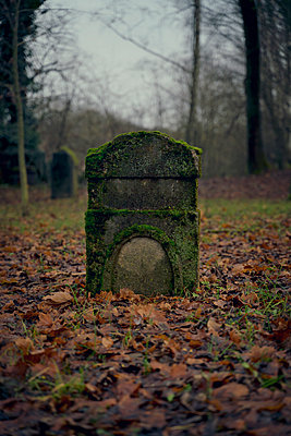 Historical cemetery - p470m2148496 by Ingrid Michel