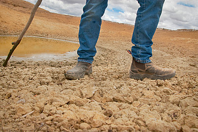 Farmer, Boorowa, Australia - p1125m917384 by jonlove