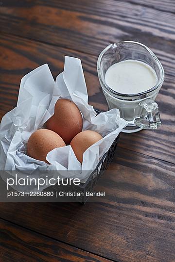 Baking ingredients eggs and milk - p1573m2260880 by Christian Bendel