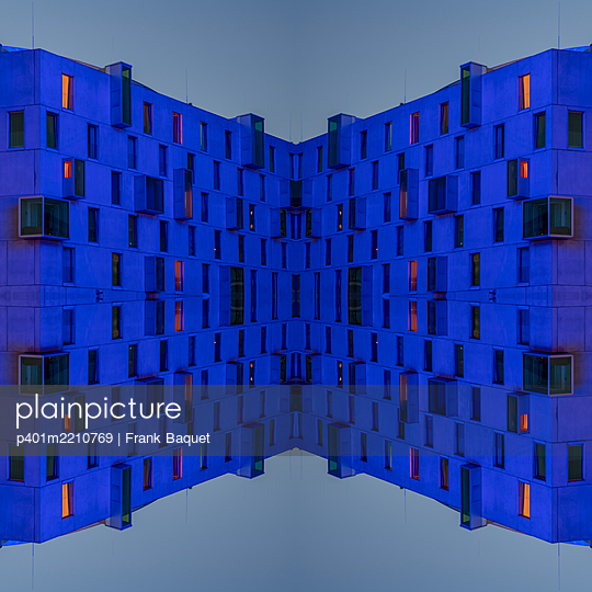 Abstract Architecture Kaleidoscope - p401m2210769 by Frank Baquet