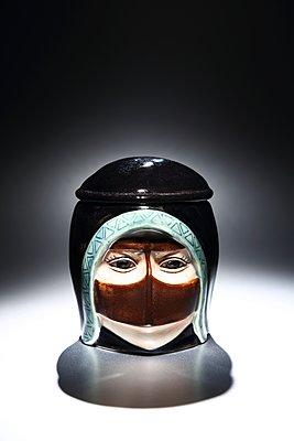 Souvenir aus Dubai - p237m1362046 von Thordis Rüggeberg