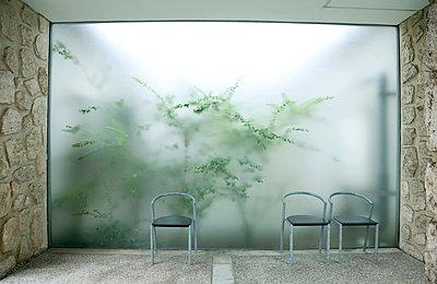 Garten hinter Plexiglas - p2651246 von Oote Boe