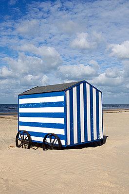 Badehaus in Belgien - p5450086 von Ulf Philipowski