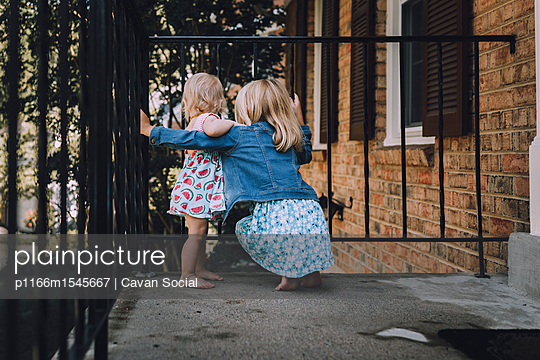 p1166m1545667 von Cavan Social