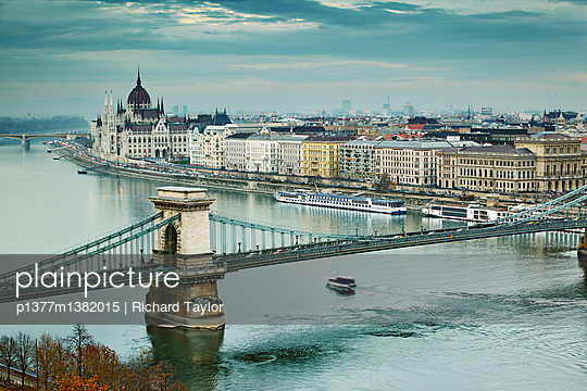 View of the Danube river, Chain Bridge (Szechenyi Lanchid) and the Parliament building - p1377m1382015 by Richard Taylor