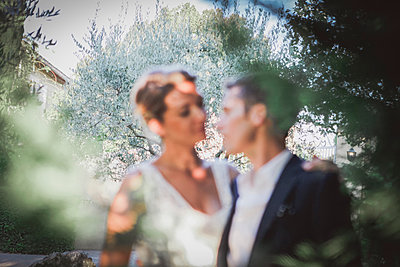 Wedding - p1150m1083565 by Elise Ortiou Campion