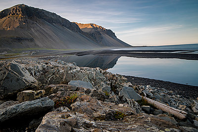 Gebirge in Island - p1487m2016008 von Ludovic Mornand