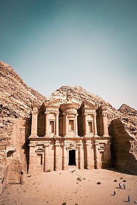 Ad Deir, Petra, Unesco-Weltkulturerbe - p795m2030840 von JanJasperKlein