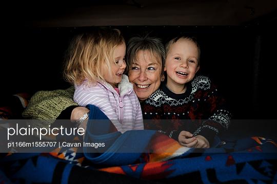 p1166m1555707 von Cavan Images