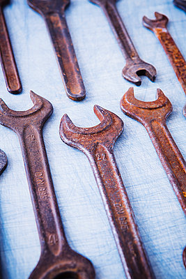 Screw wrenches - p1149m2021456 by Yvonne Röder