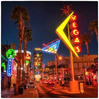 Las Vegas Classic Signs 2 - p1154m1138573 by Tom Hogan