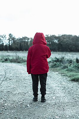 Small boys in a red jackets - p1228m1496688 by Benjamin Harte