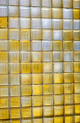 Yellow bricks - p4250473 by Dorothee Haering