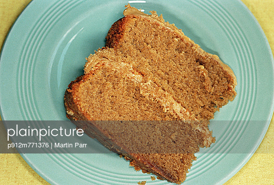 Plate - p912m771376 by Martin Parr