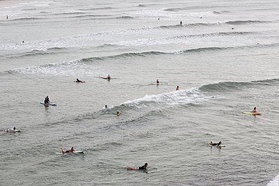 Surfing - p1114m890408 by Carina Wendland