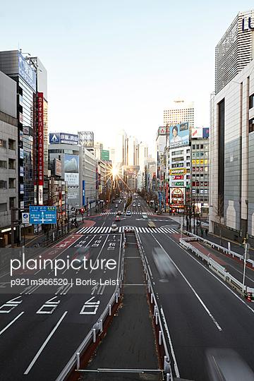Tokio - p921m966520 von Boris Leist