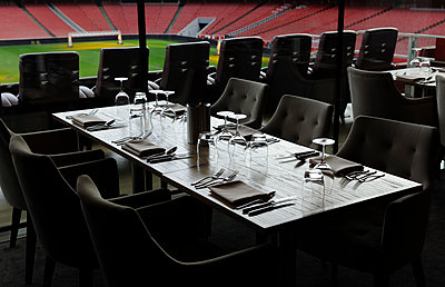 Restaurant able set for lunch - p1048m1123508 by Mark Wagner