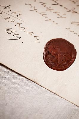 Altes Dokument - p971m952913 von Reilika Landen