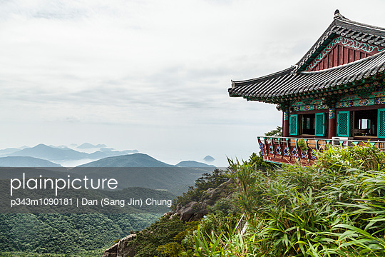 p343m1090181 von Dan (Sang Jin) Chung