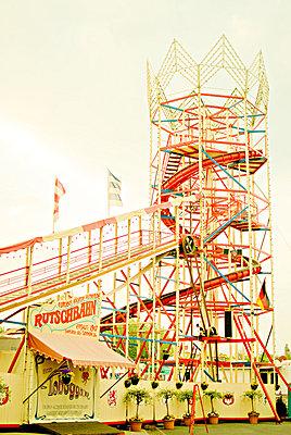 Fair - p1089m855329 by Frank Swertz