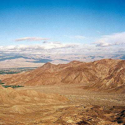 Berge in Kalifornien - p1094m900158 von Patrick Strattner
