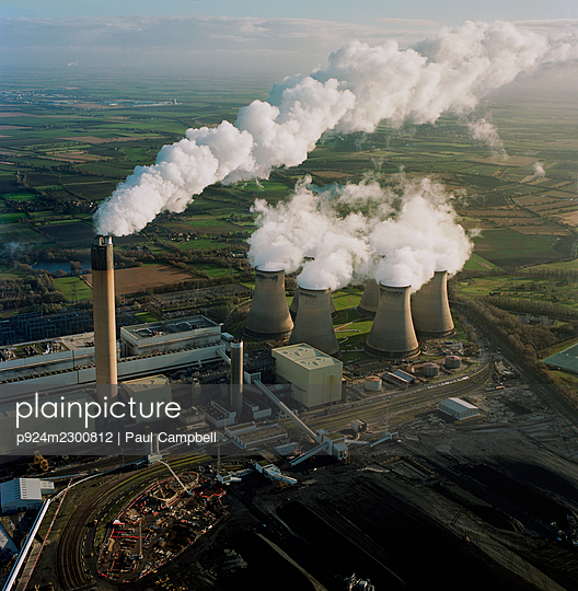 UK, North Yorkshire, Aerial view of Drax Power Station - p924m2300812 by Paul Campbell