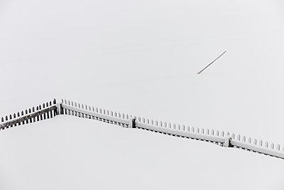 Zaun im Tiefschnee - p1437m1502381 von Achim Bunz