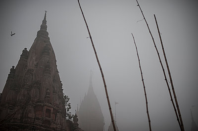Varanasi - p1007m1059870 by Tilby Vattard