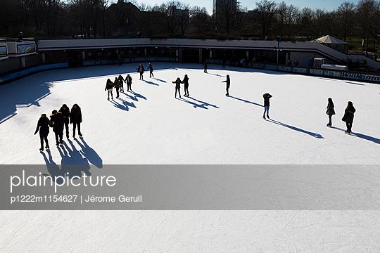 Eislaufen - p1222m1154627 von Jérome Gerull