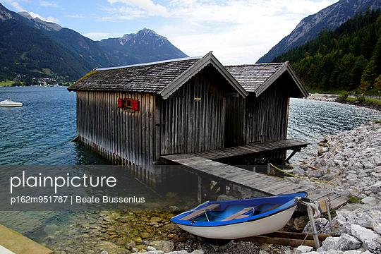 Bootshaus am Achensee - p162m951787 von Beate Bussenius