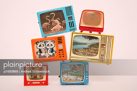 Miniature tv - p1650869 by Andrea Schoenrock