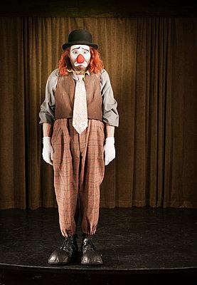 Trauriger Clown - p1093m855447 by Sven Hagolani