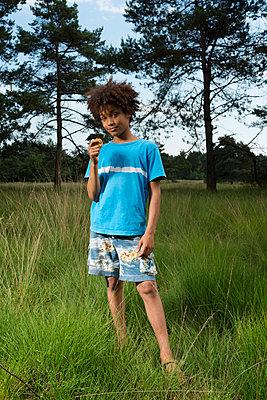 In the woods - p1132m1152756 by Mischa Keijser