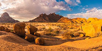 Spitzkoppe, Damaraland, Namibia, Africa. Group of bald rocks and granite peaks. - p651m2033380 by Marco Bottigelli
