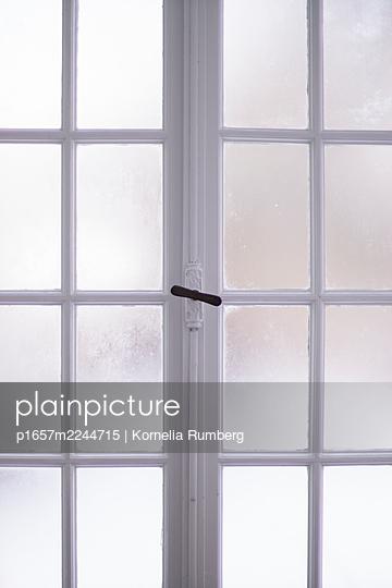 Sprossenfenster - p1657m2244715 von Kornelia Rumberg
