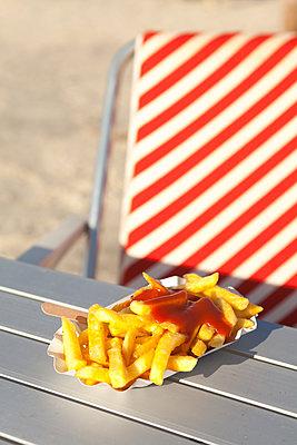 Hot and fatty - p454m1195019 by Lubitz + Dorner