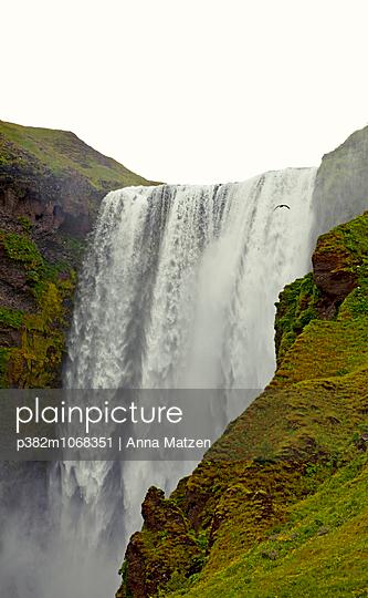 Skogafoss - p382m1068351 by Anna Matzen