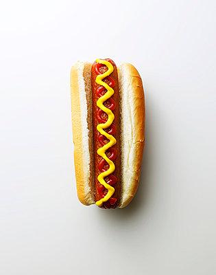 Hotdog - p549m854104 by C&P