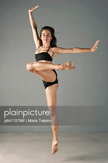 Dancer posing in mid air