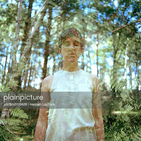 p378m2035628 von Hannah Laycock