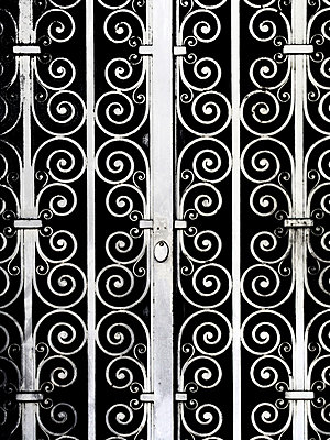 Metal door - p627m1035888 by Anja Gödicke