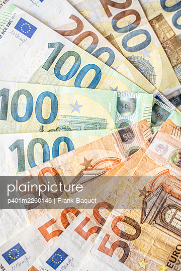 Euro banknotes - p401m2260146 by Frank Baquet