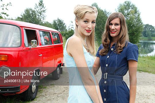 Freundinnen - p2490813 von Ute Mans
