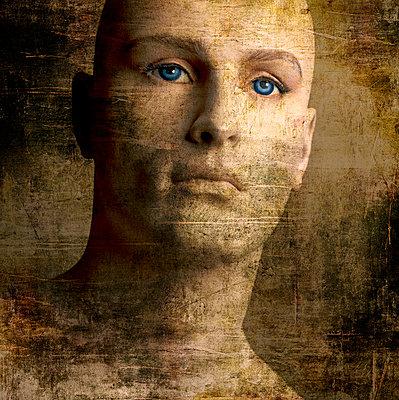 Face of a dummy - p8130262 by B.Jaubert
