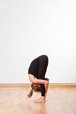 Yoga - p1051248 von André Schuster