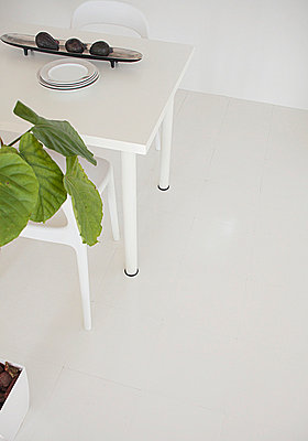 White Dining Table  - p307m660254f by AFLO