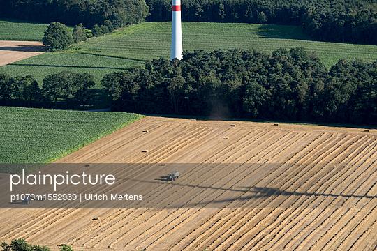 Windpark Hollich-Sellen - p1079m1552939 von Ulrich Mertens