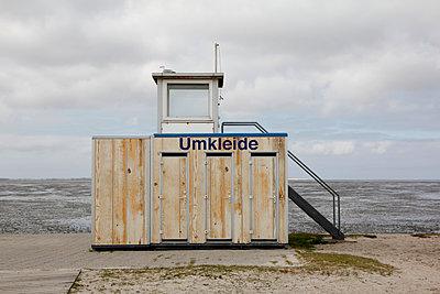 Umkleide - p039m2064128 von Christine Höfelmeyer